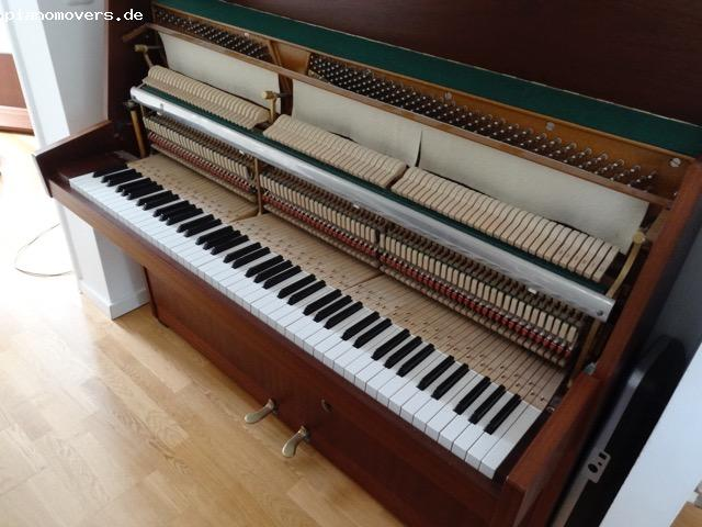 pianomovers wollmann klavier nussbaum. Black Bedroom Furniture Sets. Home Design Ideas