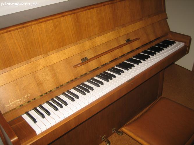 pianomovers klavier nordiska nussbaum. Black Bedroom Furniture Sets. Home Design Ideas