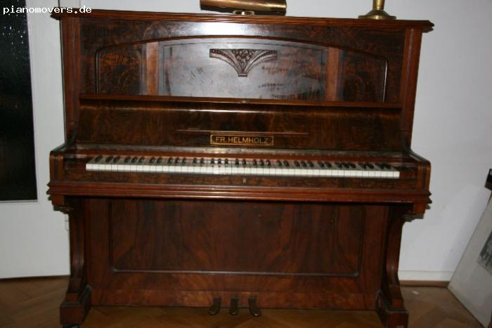 pianomovers sch nes helmholtz klavier braun. Black Bedroom Furniture Sets. Home Design Ideas