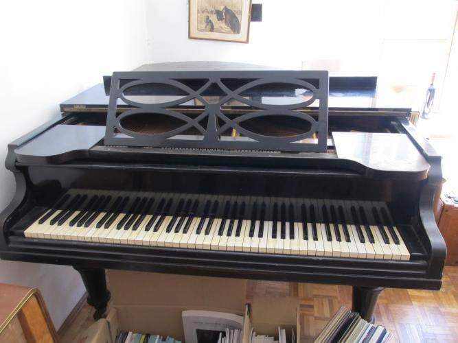 pianomovers sch ner alter j mayer fl gel zu verkaufen. Black Bedroom Furniture Sets. Home Design Ideas