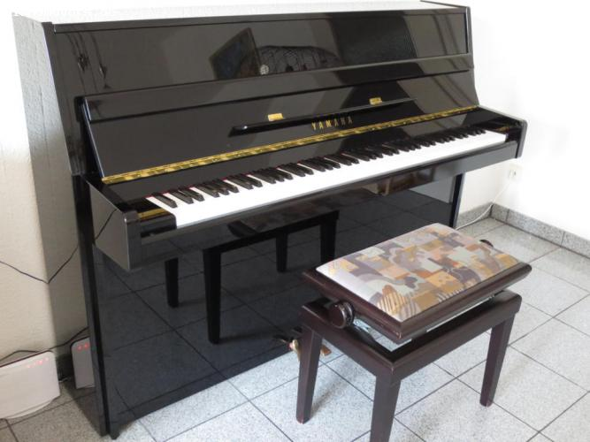 pianomovers yamaha silent piano. Black Bedroom Furniture Sets. Home Design Ideas