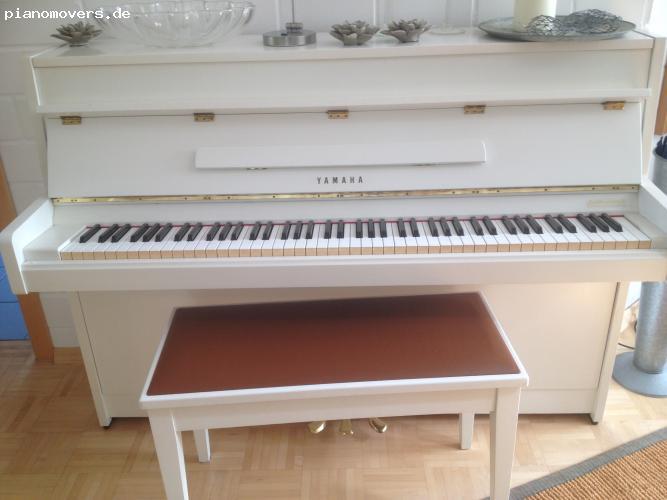 pianomovers yahama klavier wei. Black Bedroom Furniture Sets. Home Design Ideas