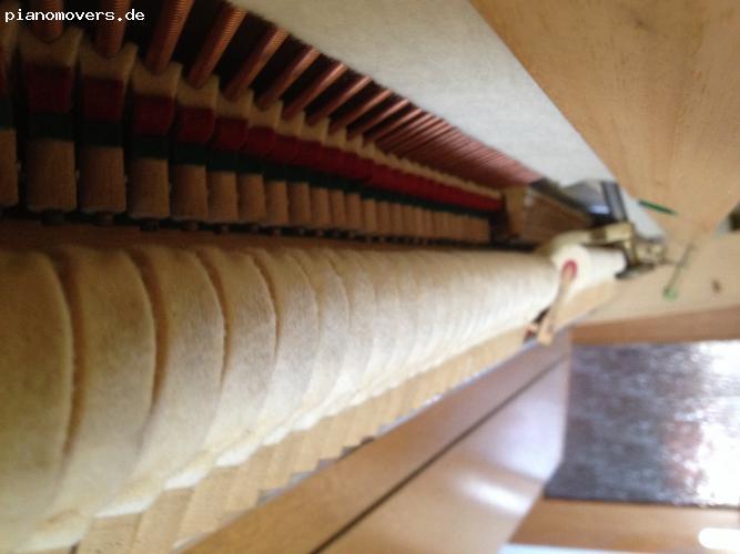 pianomovers sch nes klavier wegen umzug abzugeben. Black Bedroom Furniture Sets. Home Design Ideas